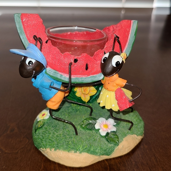 Yankee candle holder ants carrying watermelon